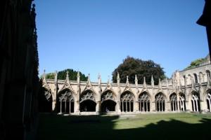Canterbury Catedral claustro